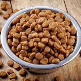 Как правильно кормить кане-корсо сухим кормом и натуральными продуктами?